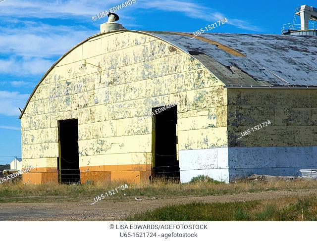 Old building, Saratoga, Wyoming, USA