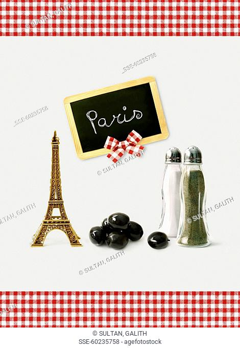 Taking an aperitif in Paris