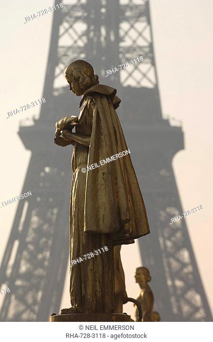 Statues at Trocadero, Paris, France