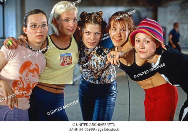 Freundinnen und andere Monster, Deutschland 1998, Regie: Mika Kallwass, Darsteller: Stefanie Mühlhan, Ivonne Schönherr, Ina Balint, Wolke Hegenbarth
