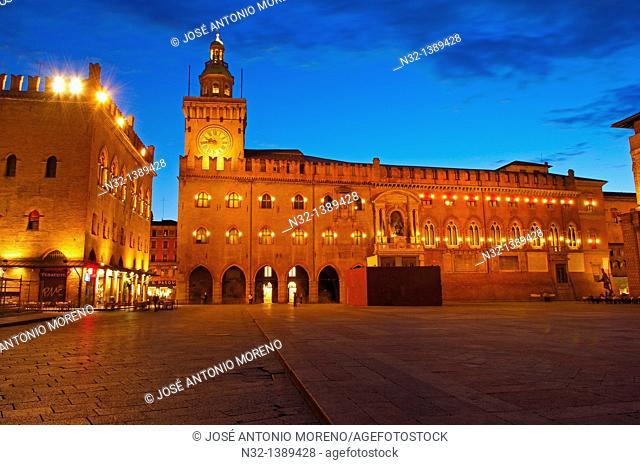 Bologna, Palazzo Comunale Town Hall, Piazza Maggiore Main Square, Emilia Romagna, Italy