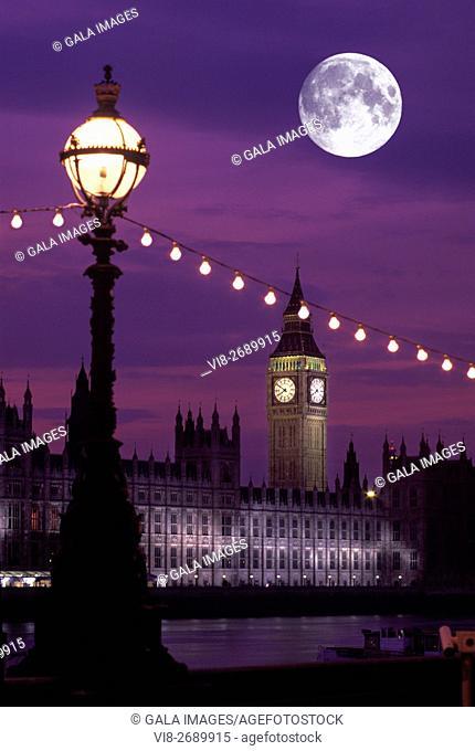LANTERN BIG BEN HOUSES OF PARLIAMENT RIVER THAMES LONDON ENGLAND UK