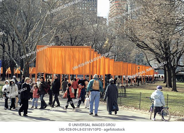 New York. New York City. Central Park. The Gates - Christo. Path From The Merchants Gate - Columbus Circle