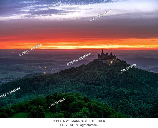 Evening mood with sunset near Burg Hohenzollern Castle, Swabian Alb, Baden-Wuerttemberg, Germany, Europe
