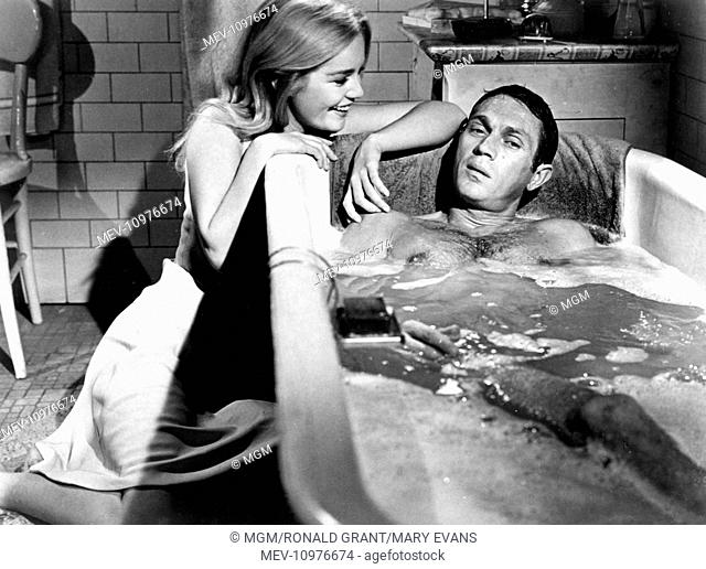 THE CINCINNATI KID [US 1965] [L-R] TUESDAY WELD, STEVE McQUEEN