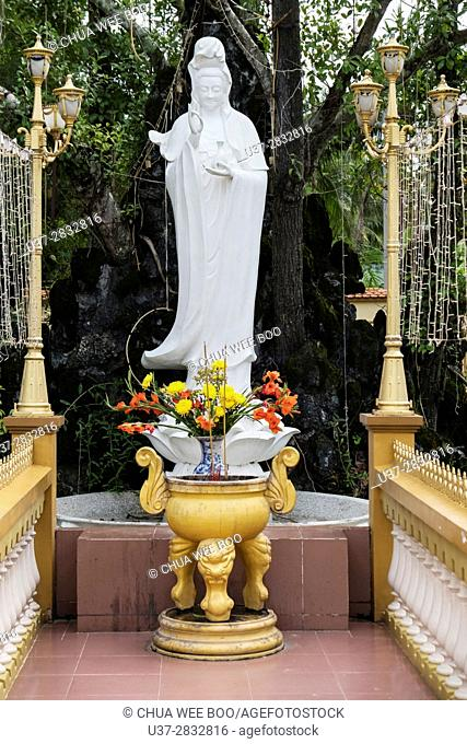 Vietnam, My Tho, Mekong Delta river area. Vinh Trang Pagoda complex, The Goddess Of Mercy statue