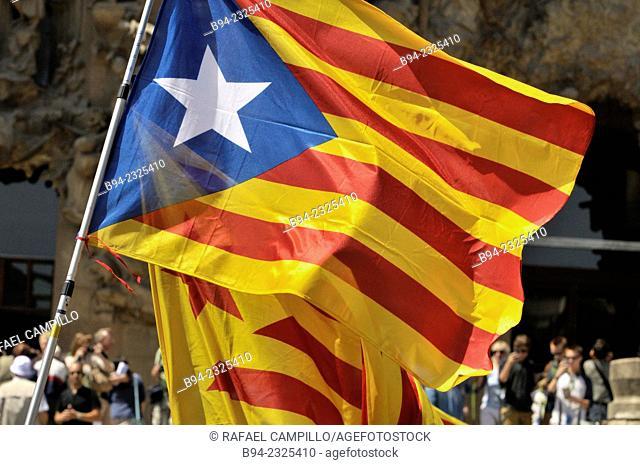 'Estelada' unofficial independent Catalonia flag, Barcelona, Catalonia, Spain