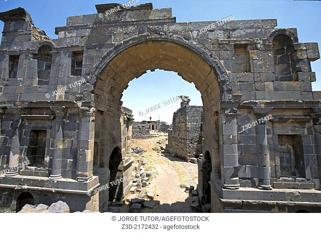Nabataean Arch and columns, Ancient Roman city of Bosra, Syria