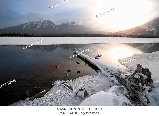 Vermillion Lakes on a winter morning at sunrise. Banff, Banff National Park,Canada