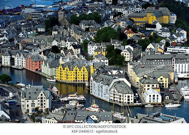 View from Aksla Hill to the old town of Alesund, Alesund, Moere og Romsdal, Norway