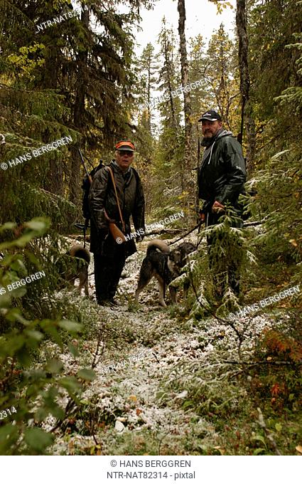 Men elk-hunting, Sweden