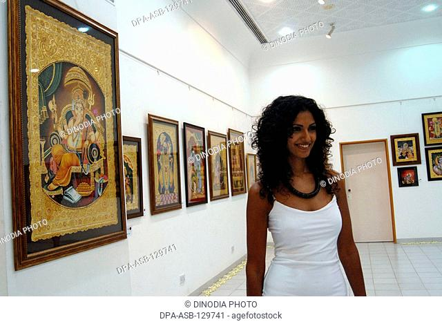Model Sheetal Malhar at a art gallery in Bombay now Mumbai ; Maharashtra ; India NO MR