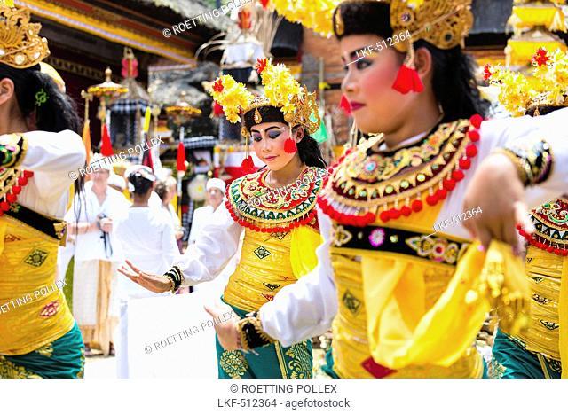 Traditional dance, Odalan temple festival, Sidemen, Bali, Indonesia