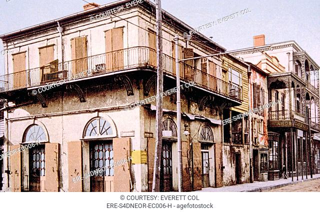 Old Absinthe House in New Orleans, Louisiana