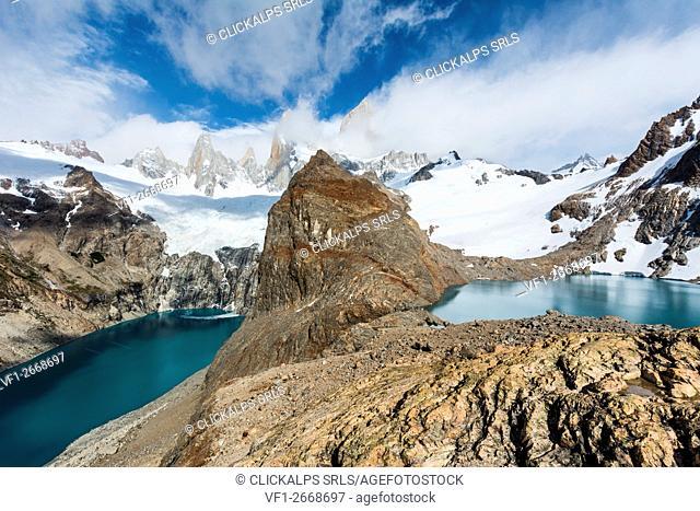 Argentina, Patagonia, El Chalten,Los Glaciares National Park, Lagoon Sucia and Los Tres