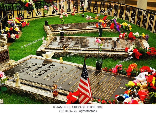The Graves of Elvis Presely and Family at Graceland, Memphis, Tennessee