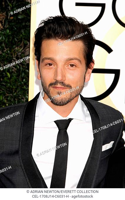 Diego Luna at arrivals for 74th Annual Golden Globe Awards 2017 - Arrivals 2, The Beverly Hilton Hotel, Beverly Hills, CA January 8, 2017