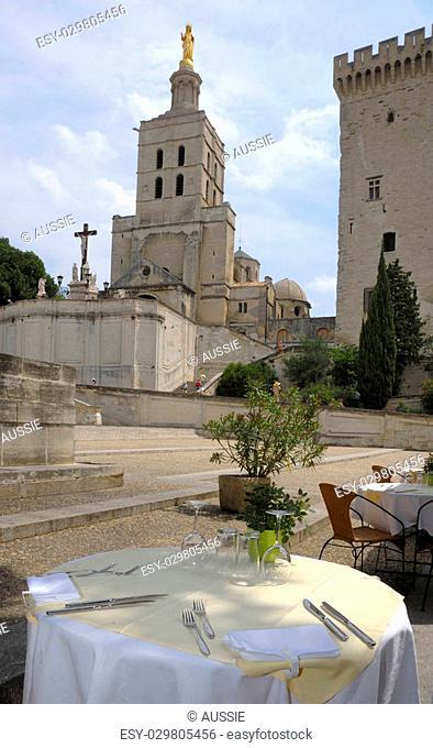 Restaurant table in Avignon near the Castle of the Pope