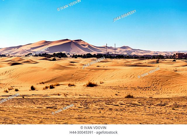 Sand dunes, Erg Chebbi, Sahara desert, Merzouga, Morocco