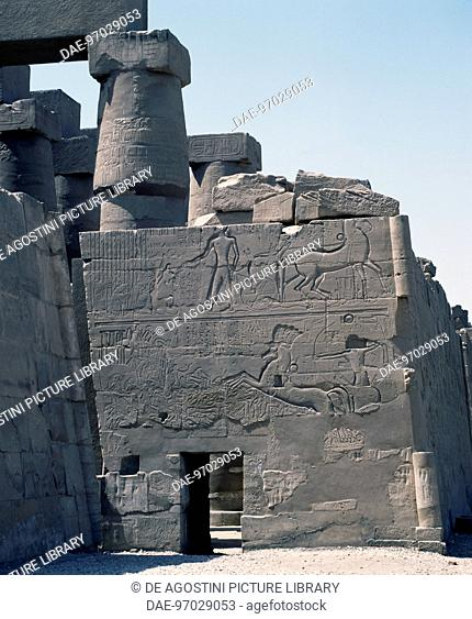 Seti I's battle against Palestine, relief, east exterior wall of the Great Hypostyle Hall, Karnak temple complex (Unesco World Heritage List, 1979)
