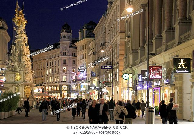 Austria, Vienna, Graben, Plague Column, street scene, people