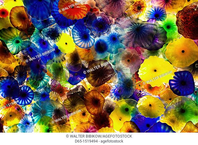 USA, Nevada, Las Vegas, The Bellagio Hotel, glass-flowered ceiling by Dale Chihuly