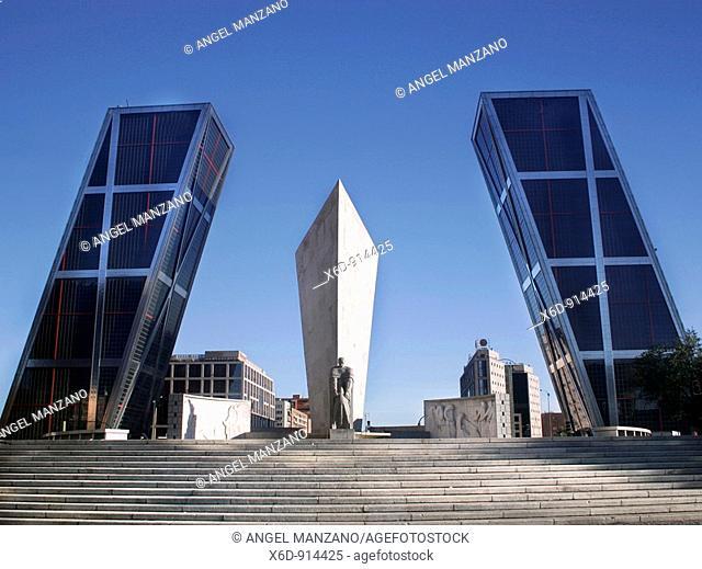 Kio Towers, Madrid, Spain