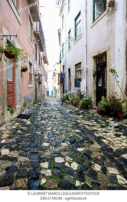 Alfama district, San Jorge Castle area near Street Santa Cruz do Castelo, Lisbon, Portugal