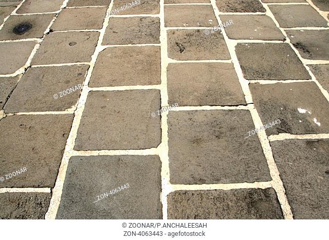 The road surface of stone blocks