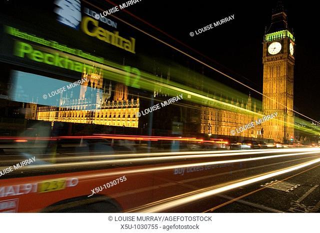 Traffic at night on London's Westminster bridge