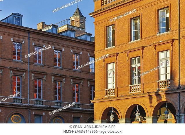 France, Haute Garonne, Toulouse, listed at Great Tourist Sites in Midi-Pyrenees, Capitole Place, Le Capitole, sunny facades of brick buildings place