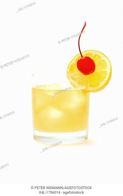 Longdrink, Whiskey sour whisky, brown sugar, lemon Juice