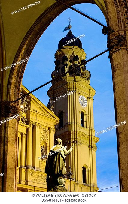 Feldherrnhalle and Theatinerkirche St. Katejan church in the evening, Munich, Bavaria, Germany