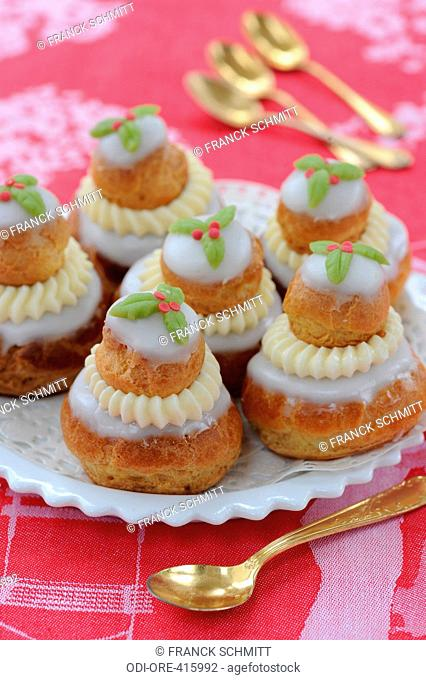 Christmas puff pastry religieuses