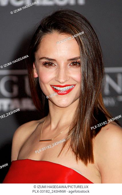 """Rachael Leigh Cook 12/10/2016 The World Premiere of """"""""Rogue One: A Star Wars Story"""""""" held at the Pantages Theatre in Los Angeles"""
