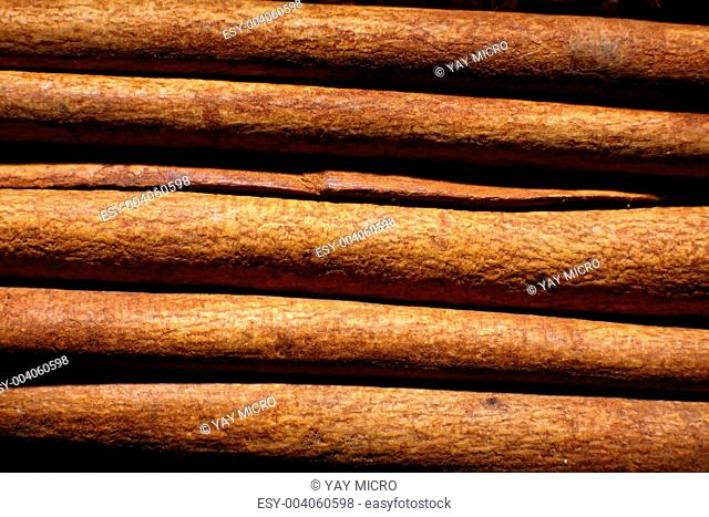 Image of several cinnamon sticks