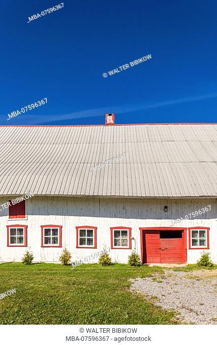 Canada, Quebec, Ile d'Orleans, Sainte-Famille, farm