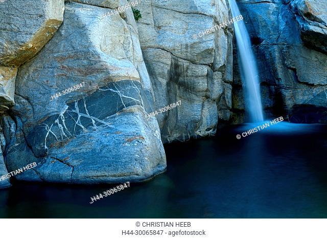 Central America, Mexico, Baja California, Sur, Sierra Lagunas, Santiago, Canon de la Zorra, Waterfall