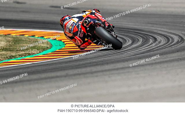 07 July 2019, Saxony, Hohenstein-Ernstthal: Motorsport/motorbike, Grand Prix of Germany, MotoGP at the Sachsenring: Rider Stefan Bradl (Germany