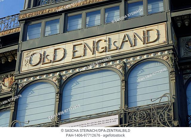 "The lettering """"OLD ENGLAND"""" on the facade of the Musical Instrument Museum in the former """"Old England"""" department store on the Hofberg in the Belgian..."