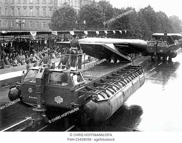 New French pontoons driving past a VIP stand during a parade on occasion of the 'Armed Forces Day' on 18th May 1968 in Berlin. - Berlin/Berlin/Germany