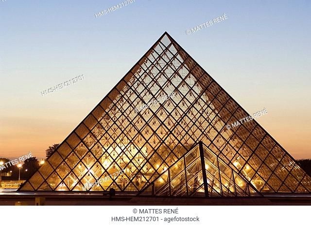 France, Paris, the Louvre Pyramid by architect Ieoh Ming Pei