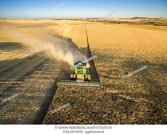 Barley harvest in Reardan, Washington