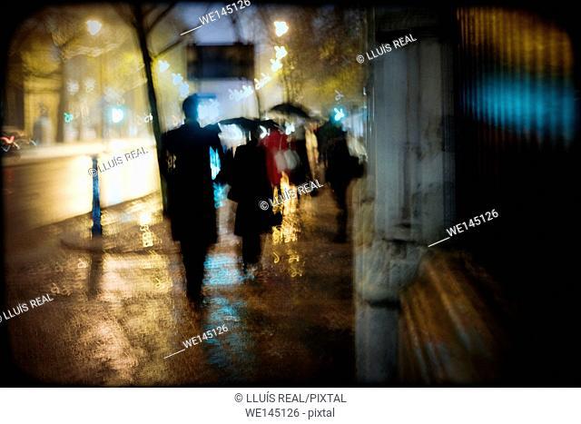 Atmosfera urbana, nocturna, espaldas, silueta, Urban air night back silhouette