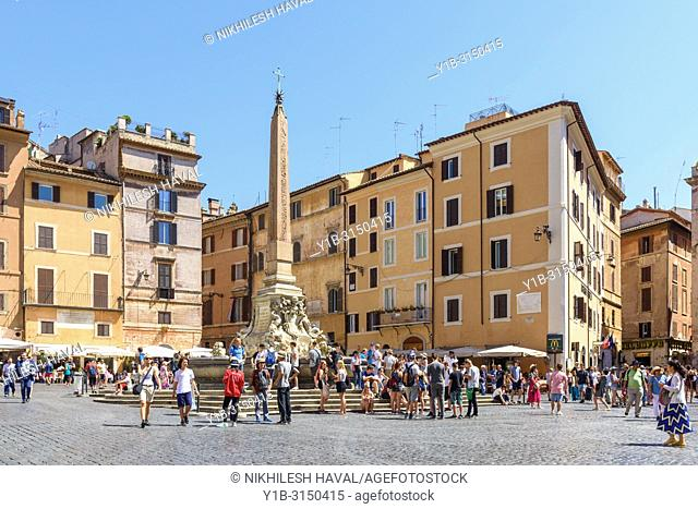 Fontana del Pantheon, Piazza della Rotonda, Rome, Italy