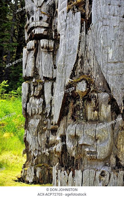 SGang Gwaay Island, UNESCO World Heritage site, Gwaii Haanas National Park- Mortuary Pole featuring a Watchman, Haida Gwaii, Queen Charlotte Islands