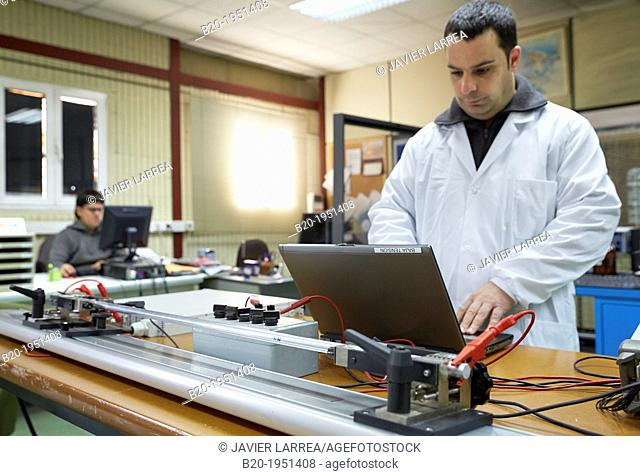 Resistance measurement test. Low Voltage Electric Laboratory. Certification of electrical equipment. Technological Services to Industry