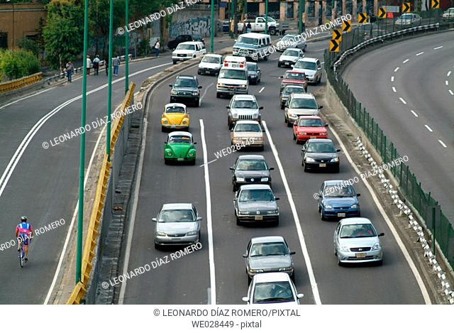 Traffic. Peripheral ring-road. Mexico City. Mexico