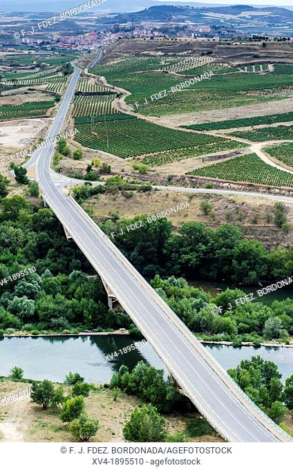 Bridge over Ebro river in San Vicente de la Sonsierra views La Rioja, Spain