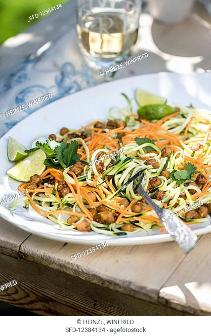 Vegetable noodles with lime